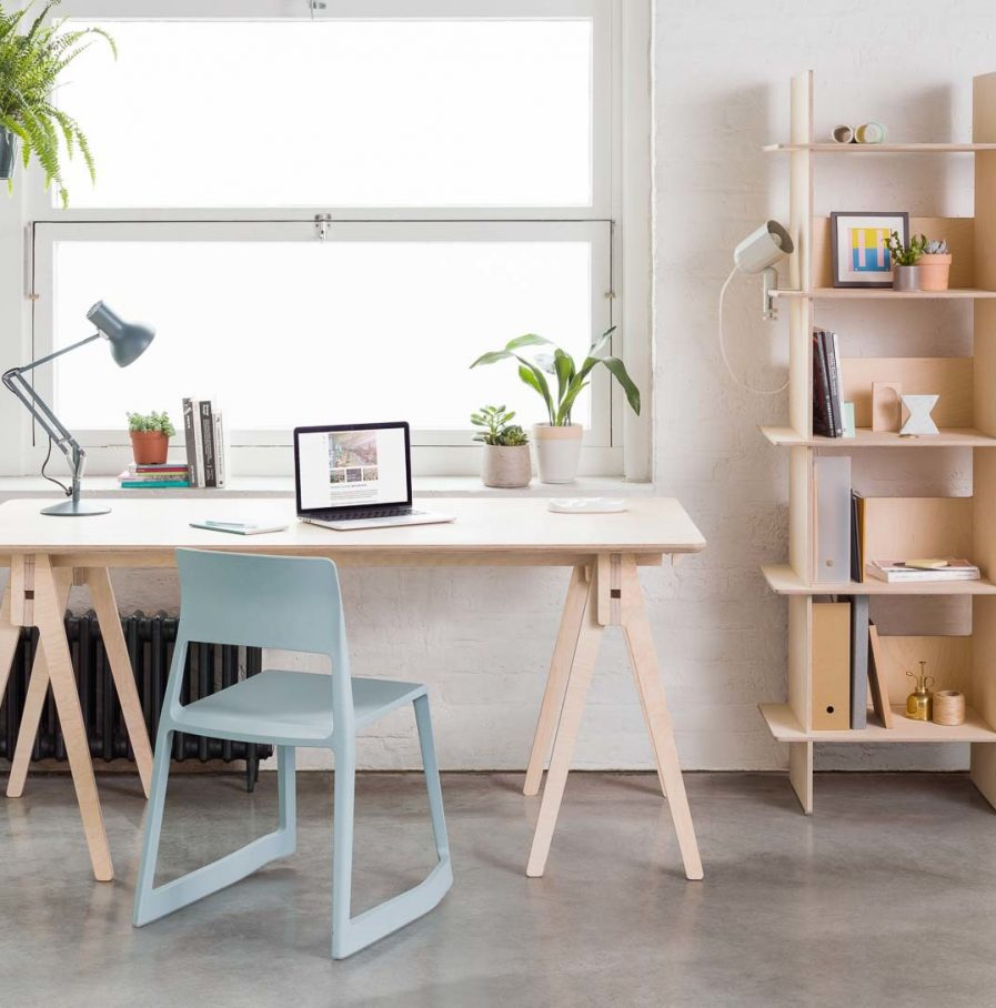 Opendesk Linnea bookshelf, bibliotheque design en bois situation 2