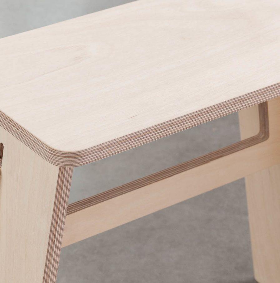 Tabouret design rectangulaire en bois