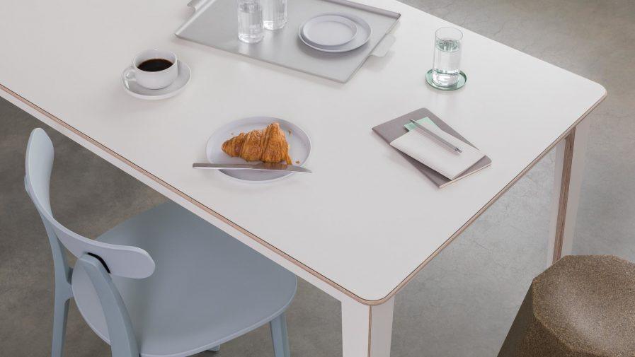Table de réunion modulable blanche