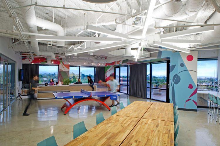 espace de détente, un espace de détente du bureau de Dreamhost à la Brea en Californie