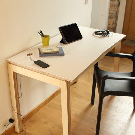 Petit bureau en bois design