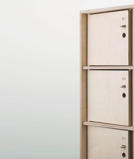 Rangement bureau avec porte