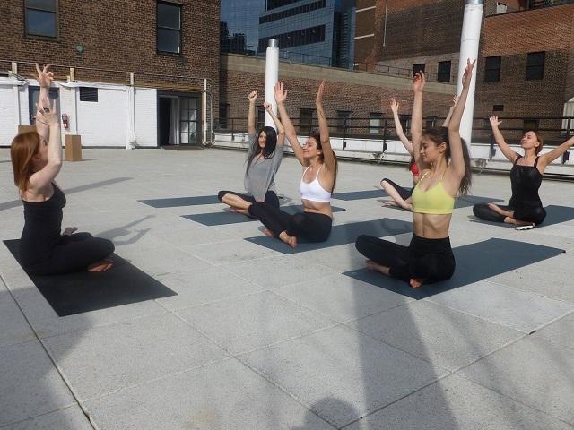 Spot Yoga, cours de yoga sur les rooftops New Yorkais