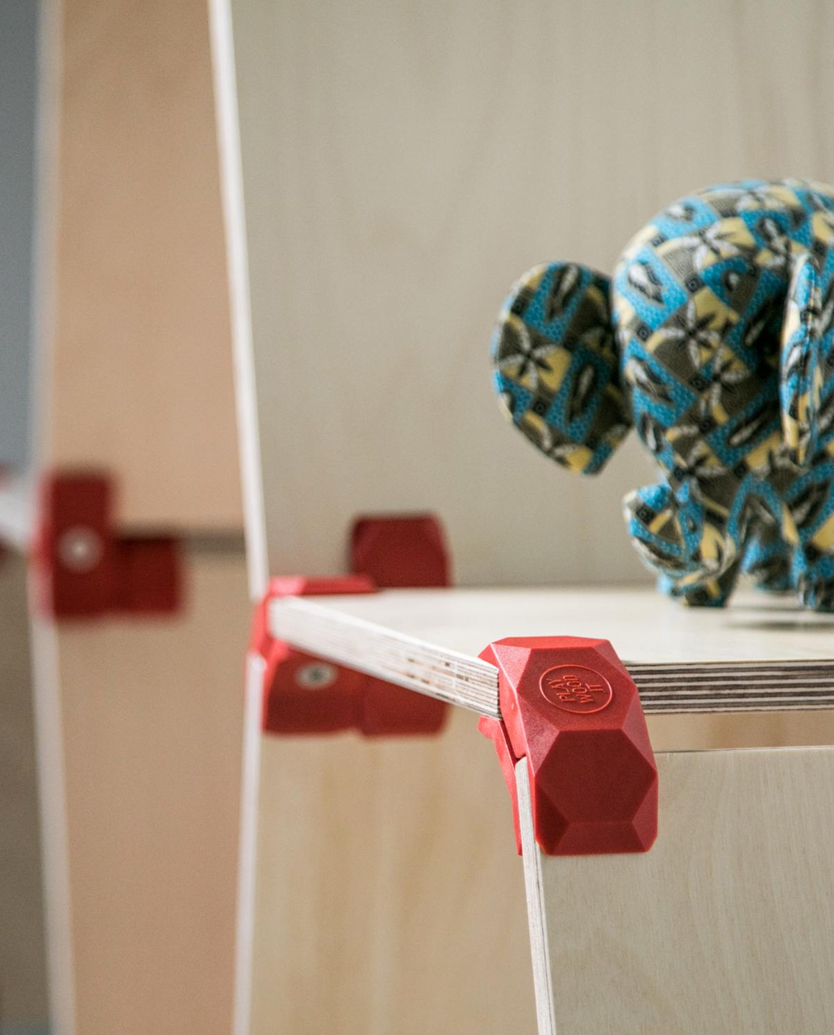tag re en bois modulable et design openwood. Black Bedroom Furniture Sets. Home Design Ideas