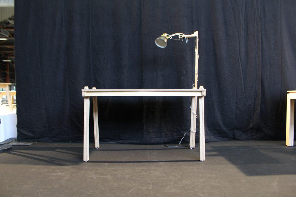meubles de bureaux design lampe face