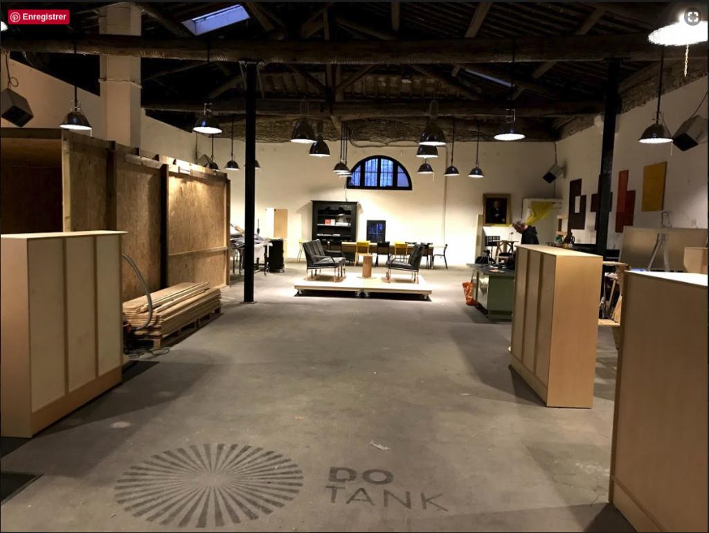 Aménagement d'un espace de coworking à Montpellier accueil du DoTank à Montpellier