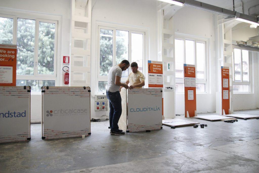 Mobilier événementiel meubles pour stands 2