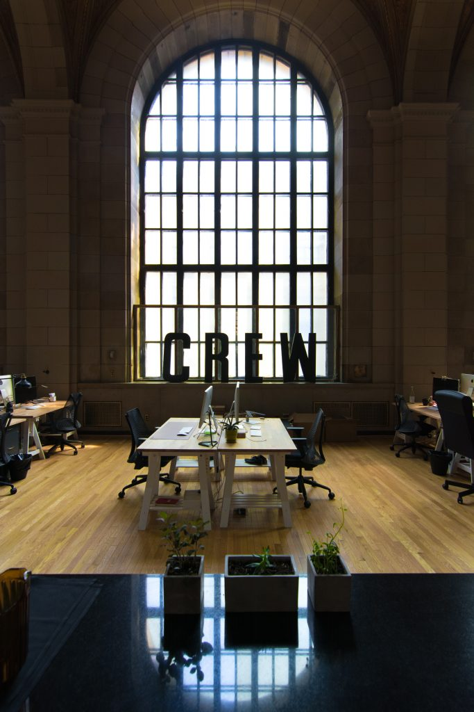 locaux de startup identité